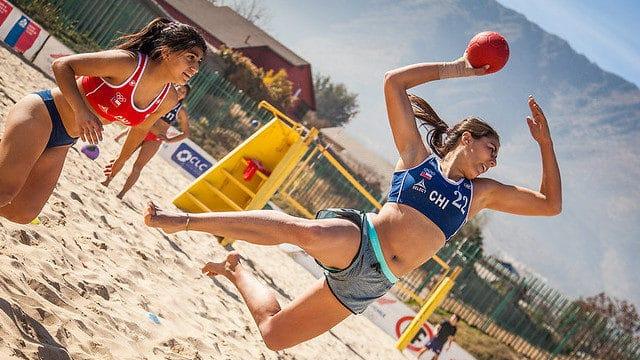 égime méditerranéen, forme physique et santé osseuse et Beach handball